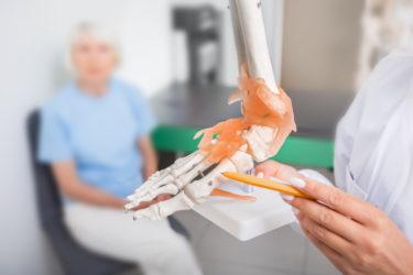 外反母趾角度と母趾外転筋の断面積に対する足趾運動効果